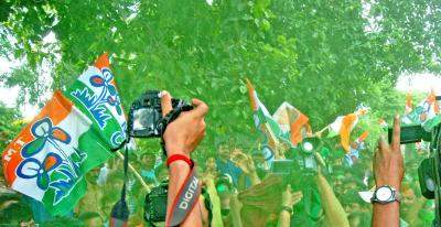 TMC likely to get 156 seats in Bengal, BJP 100 out of 294 seats