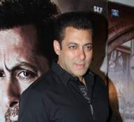 Salman 'saddened' by demise of 'Andaz Apna Apna' producer