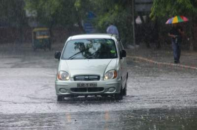 Monsoons likely to hit Gujarat in 48 hours: IMD