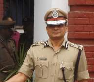 Former Kolkata police chief moves SC for protection from arrest (Lead)