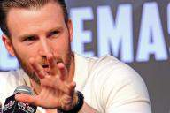 Chris Evans persuaded to take on 'Captain America' by his mother