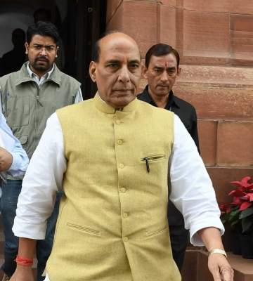 Rajnath reviews Covid-19 relief operations of armed forces