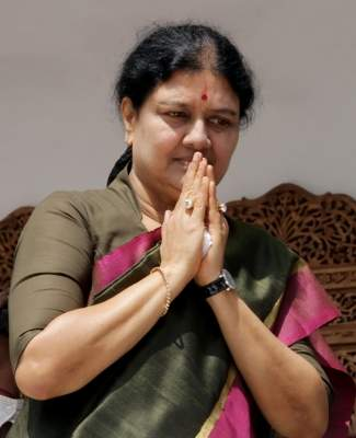 Sasikala admitted to hospital for suspected Covid
