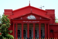 SC stays Karnataka HC's non-bailable warrant against DGP