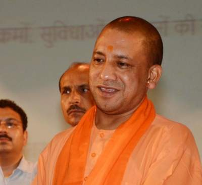 Yogi gives Rs 1.01 cr for Ram temple construction