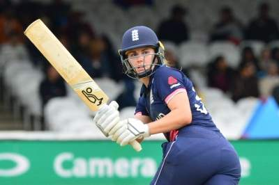 All-round Sciver helps Eng women beat NZ in 1st T20I