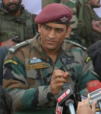 Dhoni ends mystery, takes 2-month sabbatical to join arm...