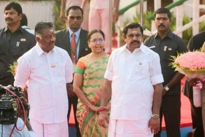 EPS, OPS tussle continues in AIADMK over Opposition leader