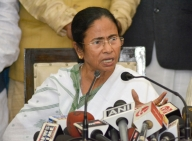 Mamata opposes disinvestment, suggests all party meet