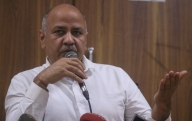 BSES hands over 850 tablets to Delhi govt to support needy students