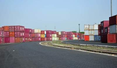India's June merchandise exports down 9.71%, imports fal...