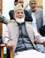 Kashmir: Geelani didn't quit, he was dumped by Pak (Comment)