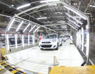 Measures to drive auto sector's growth unveiled (Lead)