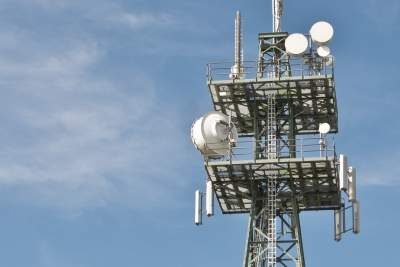Bangladesh court seeks mobile towers radiation report