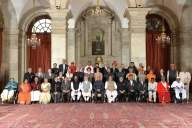 President gives away 55 Padma awards (Lead)