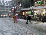 Snow in Himachal dampens poll arrangements, but voters gung-ho