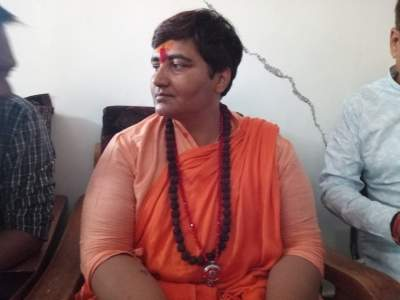Pragya apologises for poll remarks, adopts silence