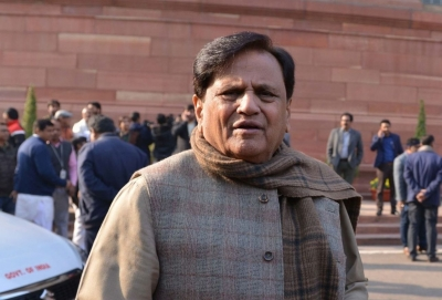 Ahmed Patel to be buried in his native village Piraman on Thursday