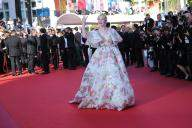 Elle Fanning faints at Cannes due to tight dress