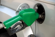 SL to obtain $500mn loan from India to keep fuel supply continue