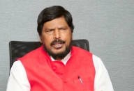 Bengal shouldn't differ with Centre on welfare: Athawale