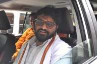 Amid protest, Babul visits cyclone-hit areas (Lead)