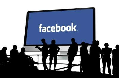 Facebook saw 3.3B users on its family of apps in Dec 2020