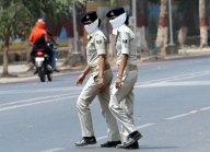 Man publicly shamed by UP cop for eve-teasing