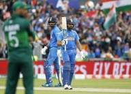 Rohit, Rahul steal show, get India off to perfect start against Pakistan (Lead)