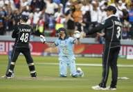 Giles brushes off 'extra run' claim in England's WC win
