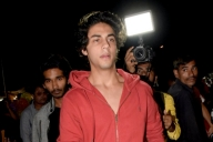 Love in London for SRK's son Aryan?