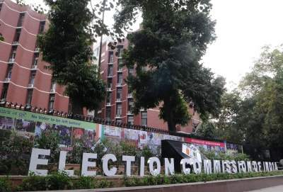 With Covid cases surging, EC restricts campaigning in Bengal
