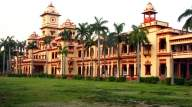 BHU Proctor meets students, hopeful of solution