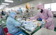 Shortage of masks in Bahrain as COVID-19 cases rise