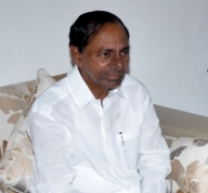 Telangana to give Rs 500, rice to every migrant worker