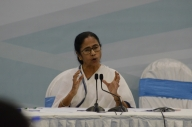 If I feel like sleeping, will do that: Mamata on PM's call to light up (Lead)