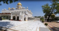 Corona Warriors: Delhi's Bangla Sahib Gurudwara arranging food for 40,000 people every day (IANS Special)