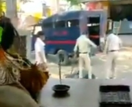 Two policemen suspended for brutally beating man (2nd Ld)