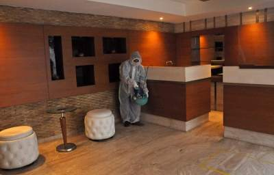 `Hotel banquet, meeting curbs should be commensurate with venue size'