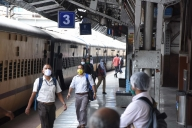 Mumbai's local train services at 100% from Oct 28