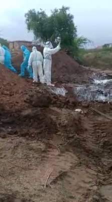 Video shows body of Covid victim dumped in river in Katihar