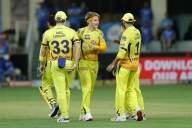 CSK hammer RCB by eight wickets (Lead)
