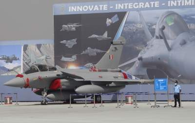 Three Rafale combat jets land at IAF base from France (Ld)