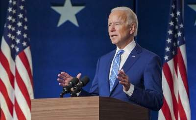 'Hang on!': Biden urges Americans to avoid big Thanksgiving, wait for vaccine