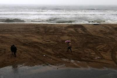 3 killed as cyclone Nivar wreaks havoc in TN (3rd Ld)