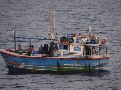 SL boat with 100-kg heroin and 6 crew members apprehended