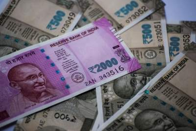 FPIs turn net sellers, pull out Rs 740 cr so far in April