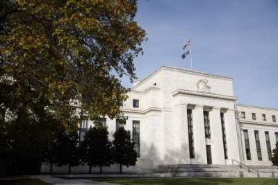US Fed official urges patience on monetary policy