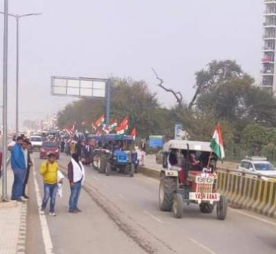 Farmers, police meeting on tractor rally ends inconclusively