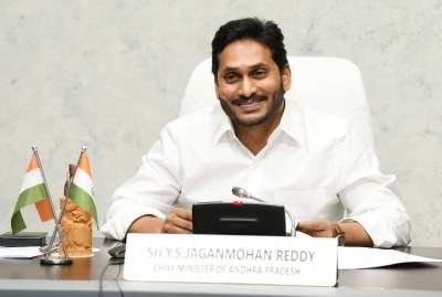 Andhra, Telangana CMs send best wishes to Indian athletes in Tokyo